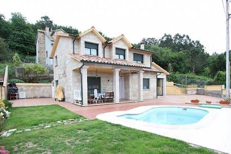 Casa con piscina - Pontevedra - Hus