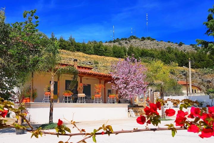 Nafplio spacious house ultimate view  100m2 1076sf