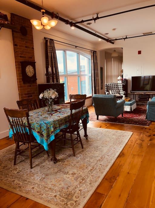We are pleased to share our historic Almonte home - a former woollen factory workroom a century ago - with discerning guests.