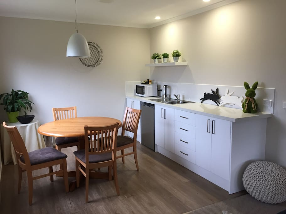 Kitchenette with tea and coffee provided, fridge, microwave and toaster