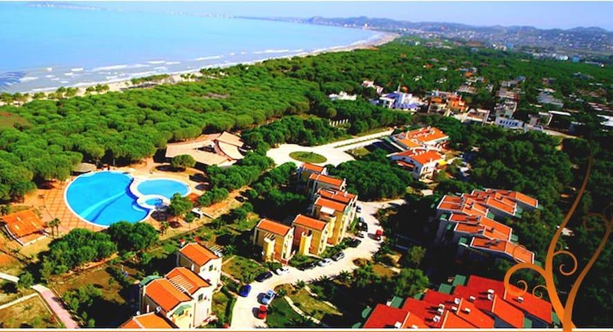 Resort Apartment Blue Laguna Durres