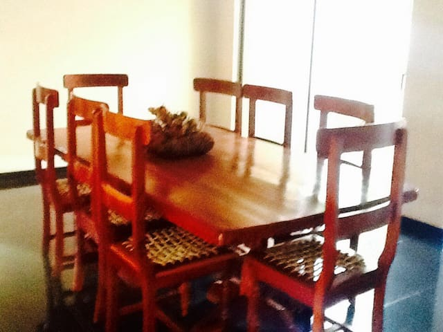 Gorgeous 2 Bedroom Place! - Harare - Apartamento