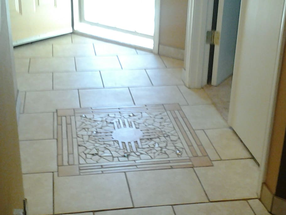 Entry with custom tile