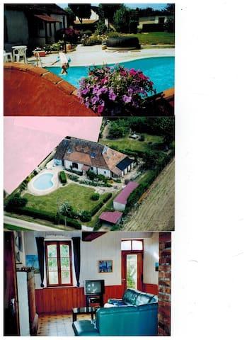 maison/piscine 10x5m chauffée  - Saint-Loup-d'Ordon - Haus