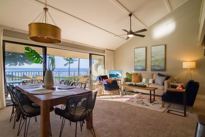 Large Modern Oceanfront Condo Steps from the Beach