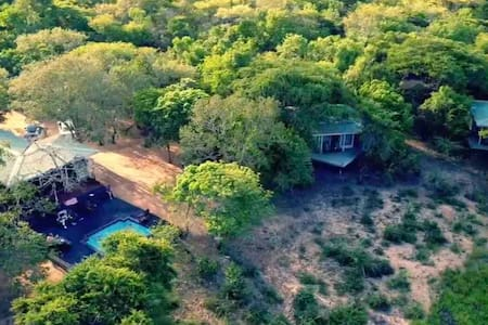 Khangela Private Game Lodge