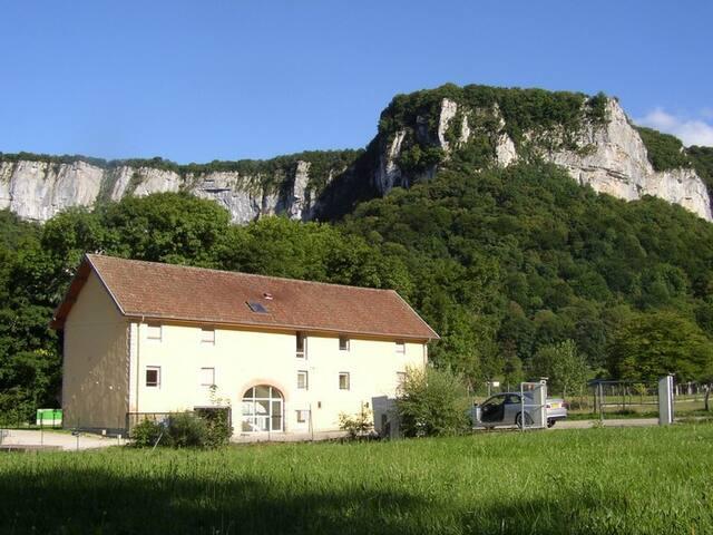 Appartement 10 pers. 90 m2 (2 ème étage) - Les Planches-près-Arbois