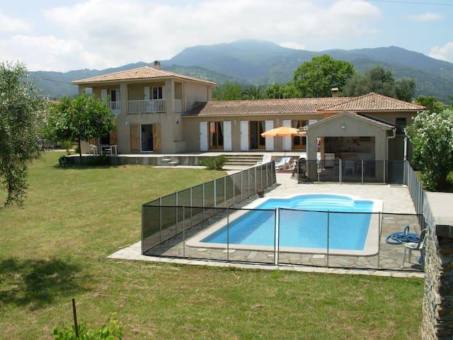 Villa mit Sommerküche und Pool - Sorbo-Ocagnano