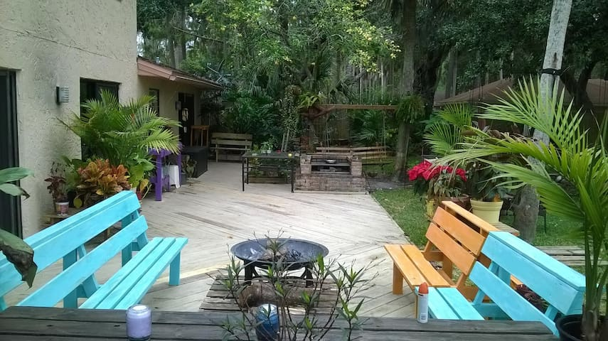 Exotic Nature Beach House near St Augustine