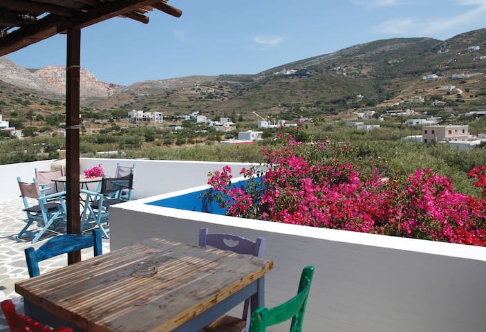 Village apartment with sea view - Syros Island - Daire
