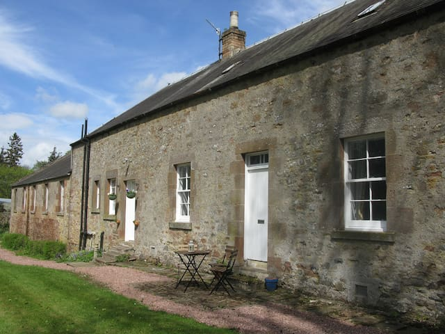 Cottage on Stunning Country Estate - Jedburgh - Casa