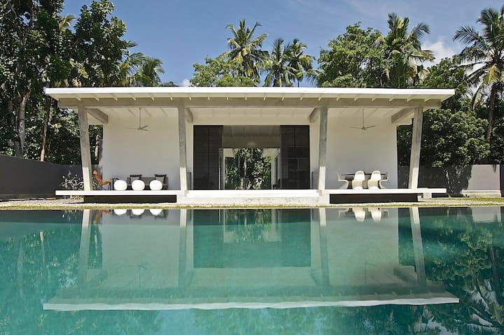 Pittaniya villa - Luxurious Modern Tropical Villa