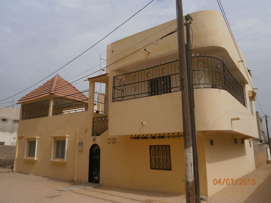 Agr able appartement meubl propre et au calme for Location appartement meuble a dakar