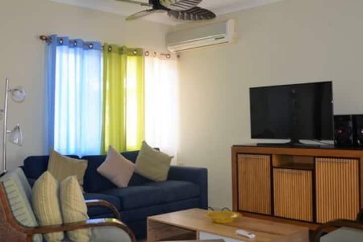 Walking distance to beach , 2 big bedroom.Blue Sun