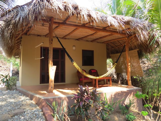 Cabaña El Cactus /desayuno incluido /Mermejita