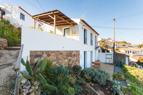 Romantic Retreat in Aljezur Oldtown