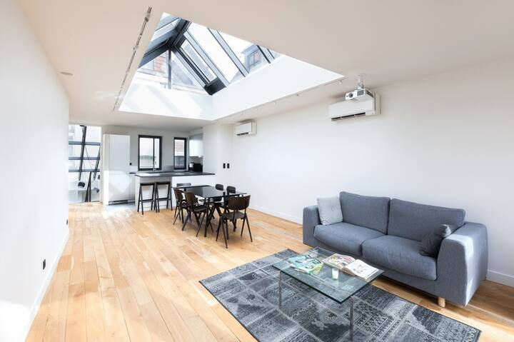 New quiet loft with terrace in the Old town !