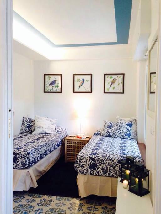 Camera da letto (i letti possono essere uniti creando un letto matrimoniale)