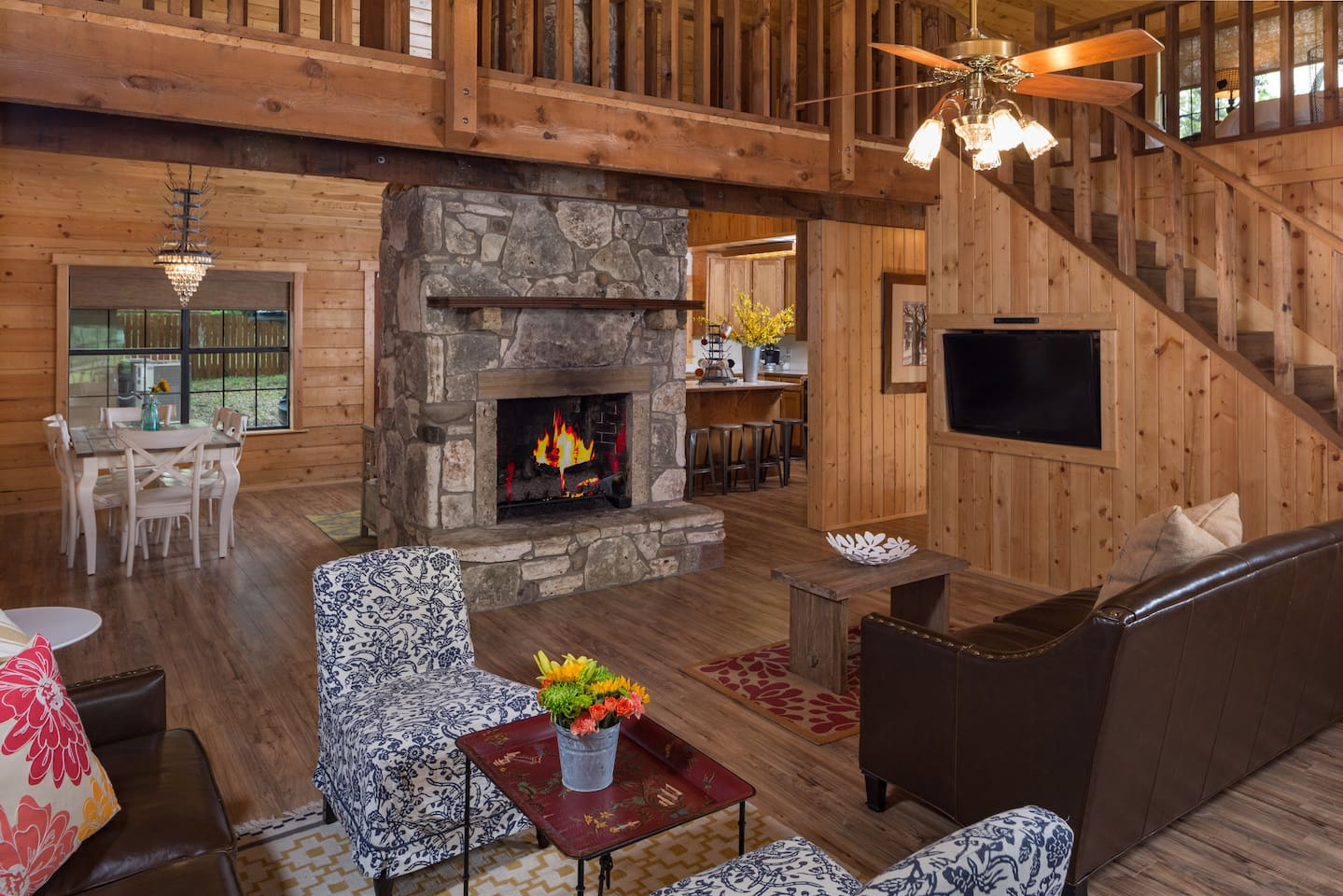 beautiful austin log home cabins for rent in austin texas