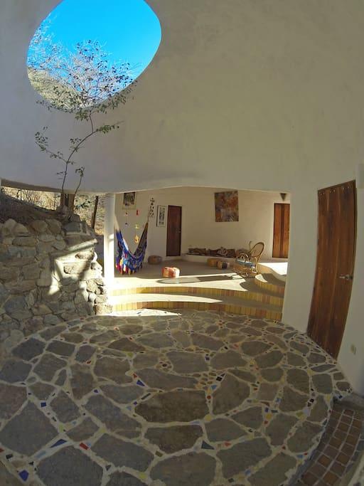 patio interior fresco