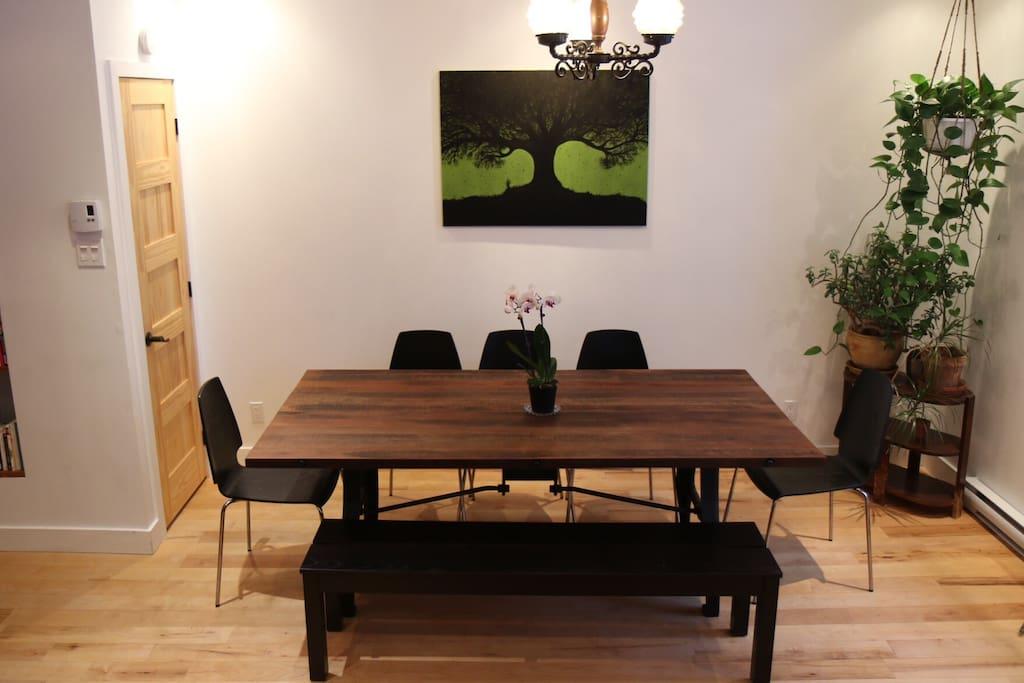 Grande table pour 8 convives et plus