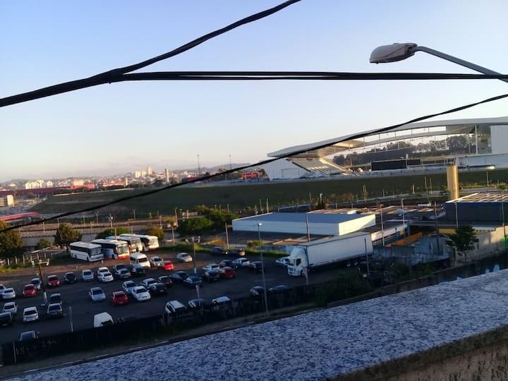 Acomodaçao em frente Arena Corinthians Itaquera.