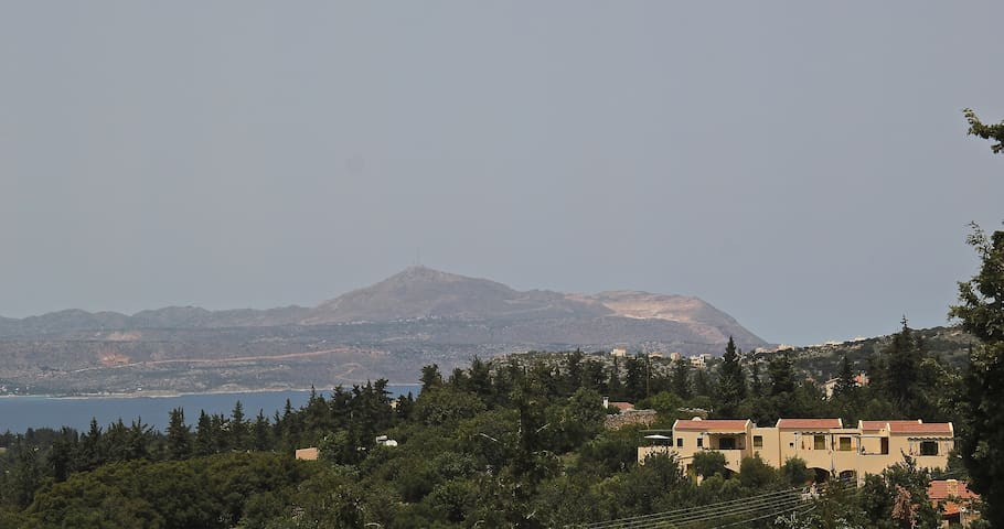 MARILENA  One-bedroom flat. Pool with great views