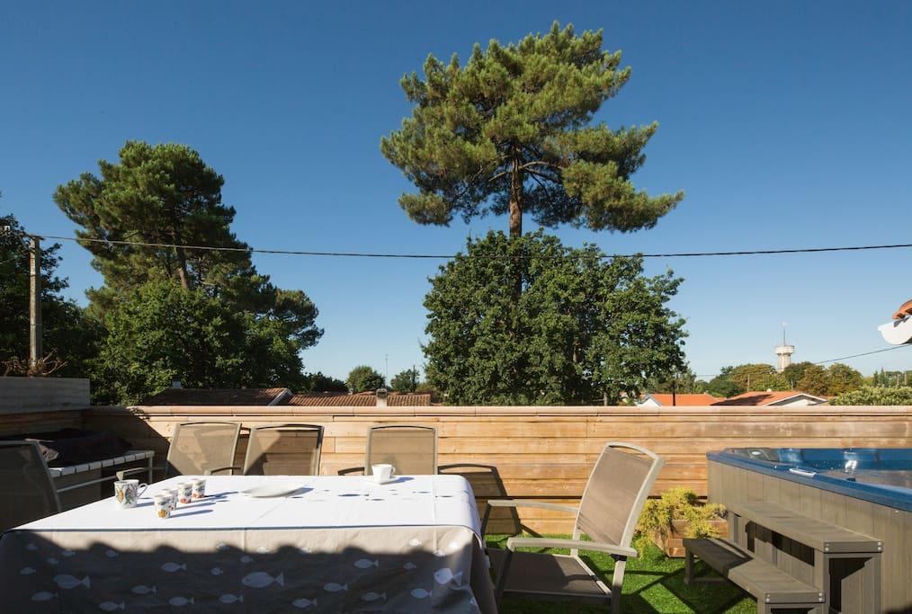 Maison appartement terrasse spa priv au calme for Louer appartement yverdon les bains