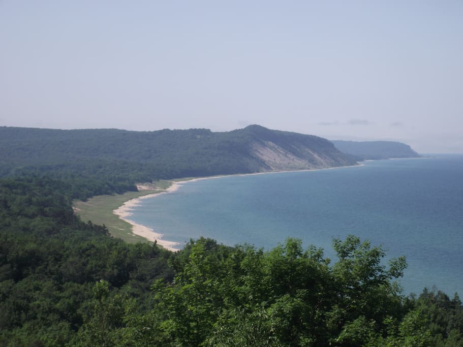 Close by to awesome trails with beautiful Lake Michigan views!