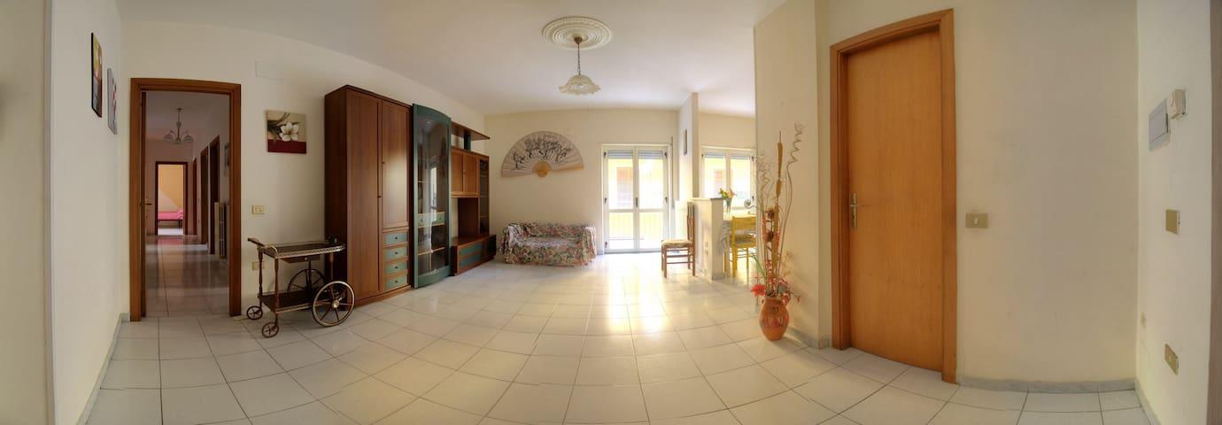 Casa Giò - Rossano Stazione - Flat