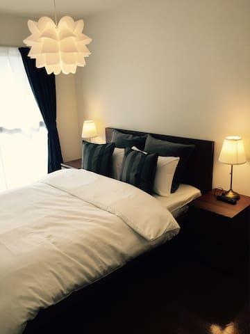 ダイニングルーム ダブルベッド 160×200cm bedroom  Double bed 160x200 cm
