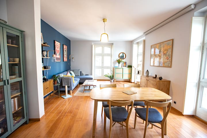 Jolie chambre dans grand appartement lumineux