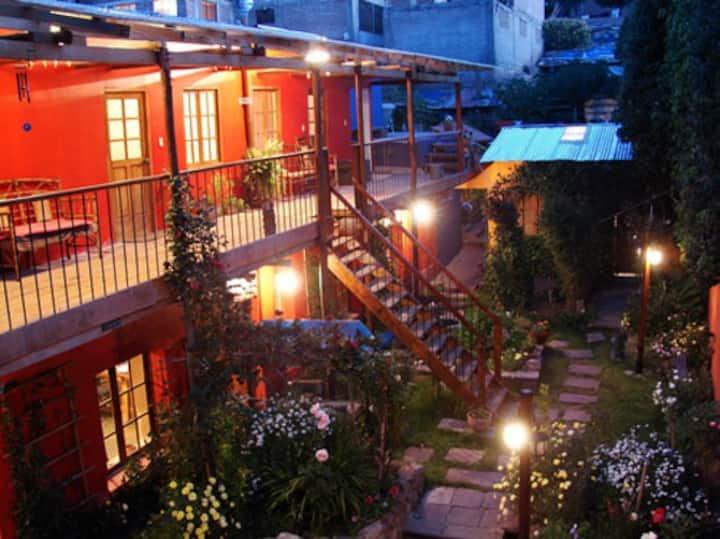 Casa Panqarani (Casa con flores)
