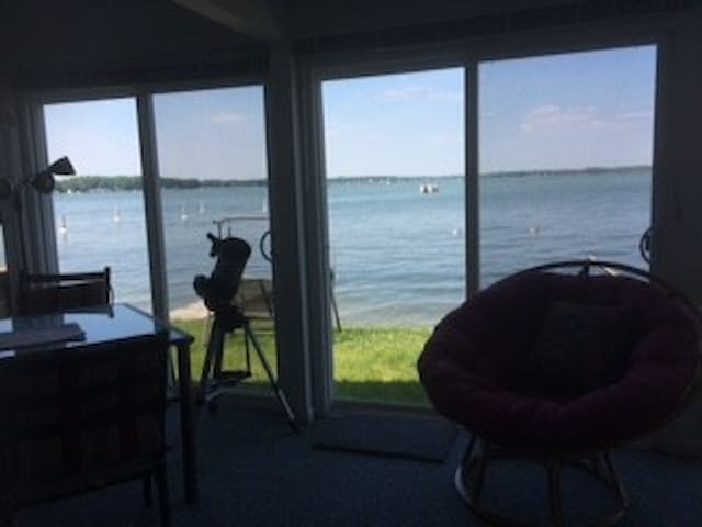 Lakefront Cottage - Shelbyville - Bungalov