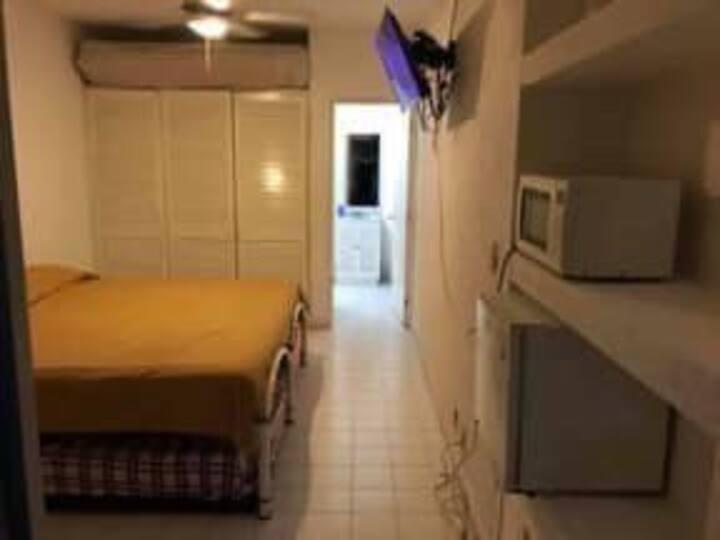 Acapulco suite con alberca y A/C lomas Costa Azul