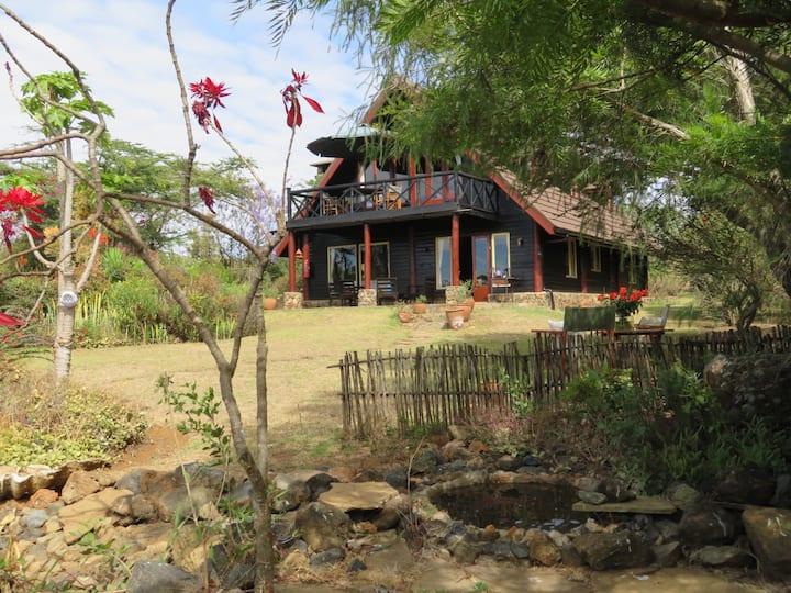 Malaika Cottage, Safari and Golf Paradise in Kenya