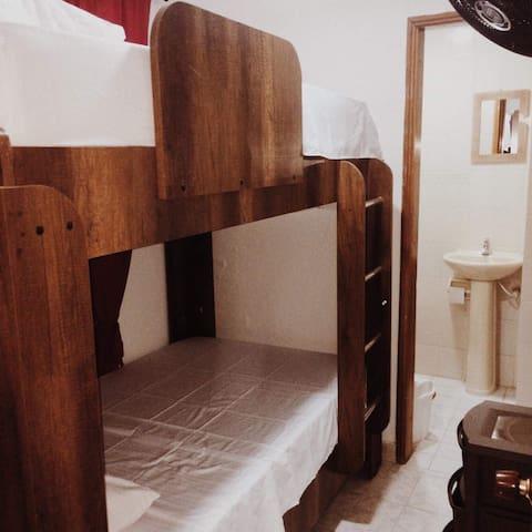 El dormitorio tercero