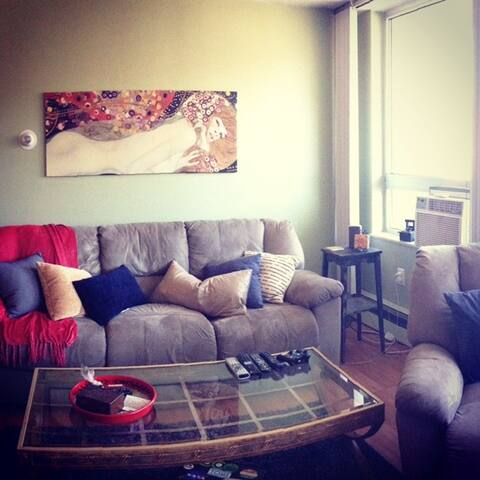 RNC CONDO- Minutes from downtown - Lakewood - Wohnung