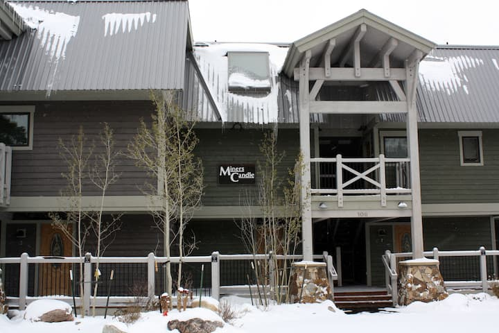 Miner's Candle #3 - Close to Town - Shuttle to Slopes - Pool and Hot Tub Access