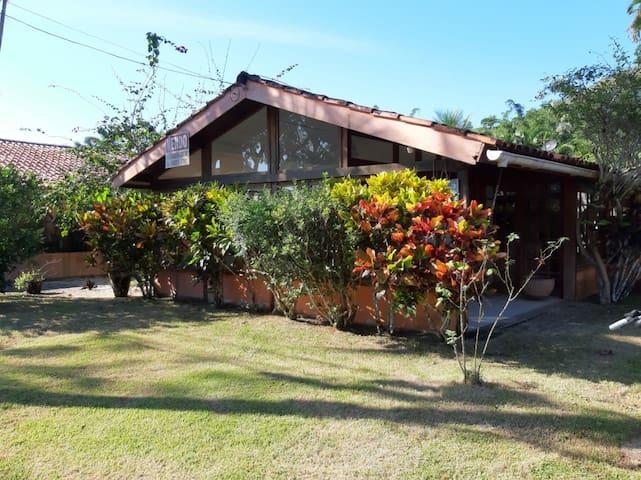 Casa no condomínio Porto Frade