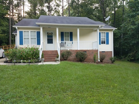 Beautiful home away from home 3 bedroom 2 bath