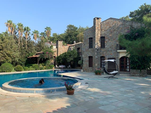 Paradise Villa in the Egean Nature...