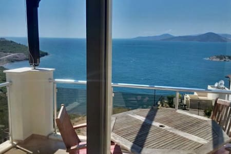 Sea View Apartment 20km Bodrum airport - Milas - Lejlighed