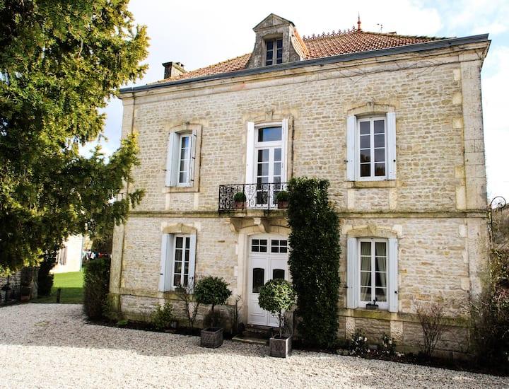 Luxury & Peace in Charente, Maison Maitre
