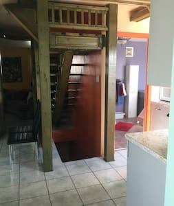 Petite Maison Mont Saint Grégoire - Mont-Saint-Grégoire - House - 2