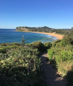 The Bilgola Mission. - Bilgola Beach - Leilighet