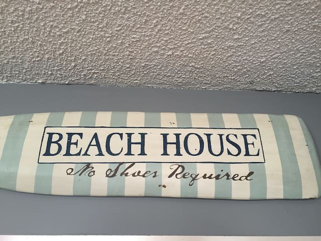 The Beach House - Sauble Beach - Talo