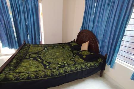 Central Dhaka Home stay