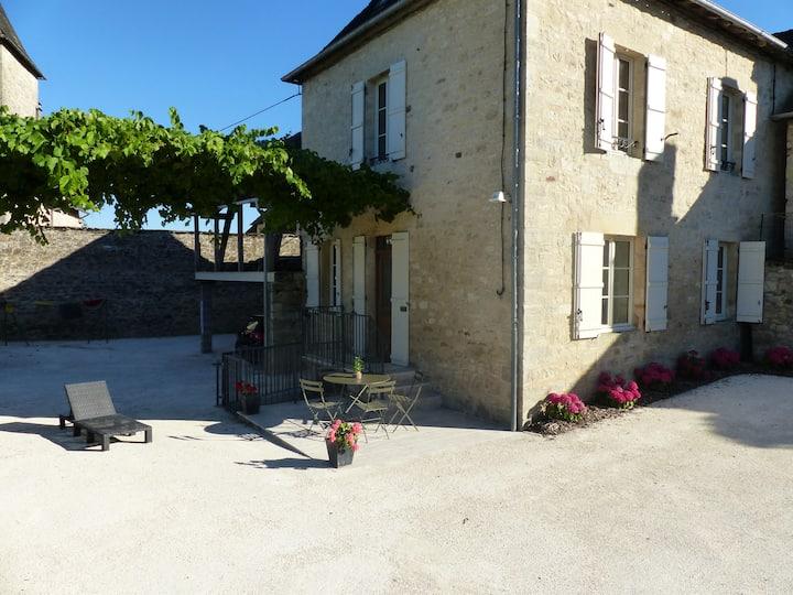 L'atelier - Maison de famille dans village classé