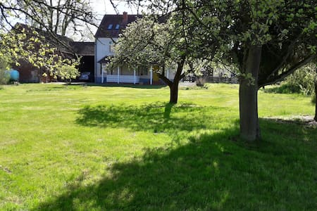 Naturpark Ferienhaus Wiesenburg OT Jeserigerhütten